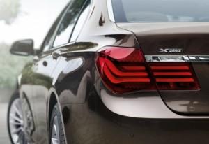 BMW-7-Series-Wallpaper-09-1920x1200
